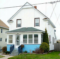 Good Value! Duplex in Welland-Two 1 Bedroom Units!