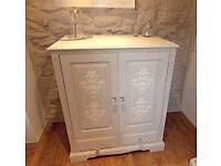Gorgeous TV unit / storage cabinet