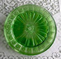 Depression Glass-7 Green Doric Dinner Plates (Jeanette Glass)