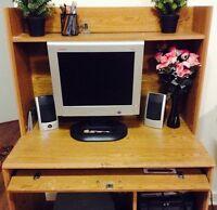 Wooden computer/working desk