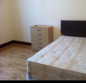 Call...07496926766 KING SIZE DOUBLE ROOM & VERY LARGE SINGLE ROOM TO LET LONDON