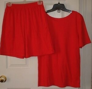 Weekenders Short Set Size S/M (8-10) Made In Canada Gently Worn