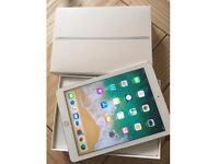 IPAD AIR 2 CELLULAR UNLOCKED + WIFI WHITE AND GOLD + SMART COVER FOR SALE