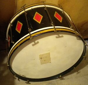 """WANTED 28"""" vintage bass drum"""