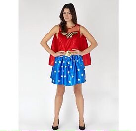Wonder Woman Costume - Size Small