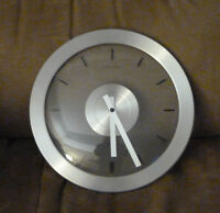 Wall Clock Battery Powered