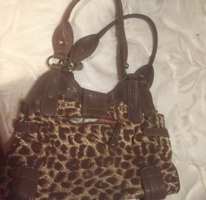 Guess Purse Cambridge Kitchener Area image 3