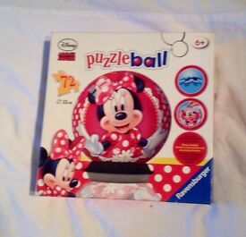 RAVENSBURGER MINNIE MOUSE 72 PIECE PUZZLE BALL FOR KIDS. COMPLETE AND GOOD CONDITION