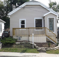 GREAT STARTER HOME! WALK TO DOWNTOWN OR WORTLEY VILLAGE!!