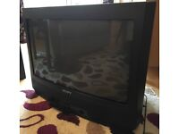 Sony Trinitron KV-28WF1U CRT TV Good Condition