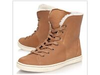 Brand new Laced Ugg boots size 6