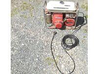 Honda e2500 2000w 2kva genny generator shed barn find 240v 12v 8a battery charger