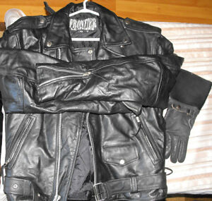 Motorcycle suit black leather and all accessaries in Bridgetown