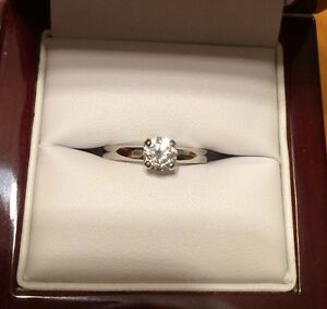 14kt White Gold Solitaire Engagement Ring