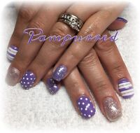 Lovely sculpted gel nails for any occasion