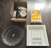 Huge lot of plastic containers & cups!!