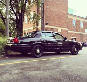 Nice 2008 Ford Crown Victoria police interceptor