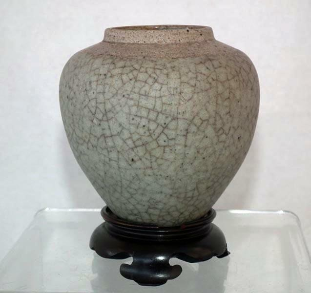 Antique Chinese Yuan Dynasty Crackle Glaze Celadon Ge Ceramic Jar 1279–1368 A.D.