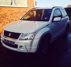 Suzuki Grand Vitara 1.6 Petrol Manual 4x4 Pearl White