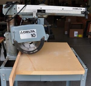 "10"" Delta Radial Arm Saw with Stand"