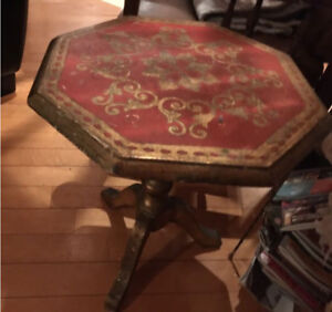 Petite table Italienne de bois de rose (50-60)