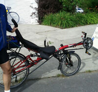 Vélo couché (recumbent bike)/ Négociable