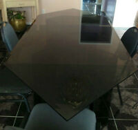 MOVING SALE -Beautiful Glass Dining Table for 6 people - MUST GO