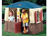 Step2 Neat & Tidy Cottage/Playhouse.