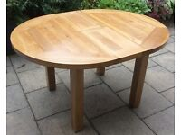 Solid Oak, Round Extending Dining Table.