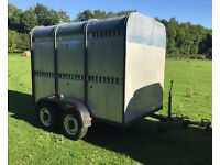 Ifor Williams livestock trailer twin axle Ivor cattle sheep box gates