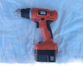 BLACK & DECKER 12 VOLT CORDLESS DRILL FOR SALE , VERY GOOD