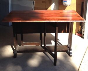 Drop leaf table buy and sell furniture in edmonton for Dining room tables kijiji edmonton