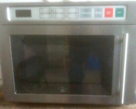 Comercial microwave