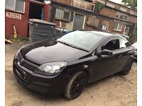 Vauxhall Astra 1.4 i 16v SXi sports hatch 3dr (black) 58 plate