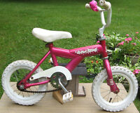girl's bike with 12.5 inch tires