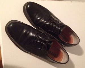 Black shoes (size 46 US) / souliers noirs (taille 46 US)