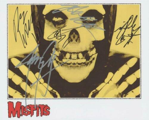 REPRINT - MISFITS Jerry Only - Glenn Danzig Signed 8 x 10 Glossy Photo Poster RP