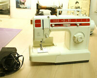 Singer sewing machine - well maintained !
