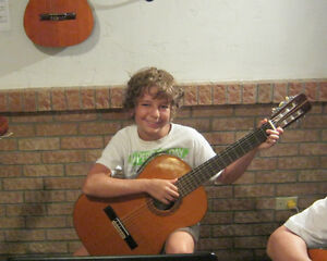 ***  Classical Guitar and Piano Lessons 514-781-4338*** West Island Greater Montréal image 2