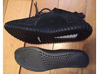 YEEZY BOOST 350 Adidas Pirate Black Unisex Trainers Shoes