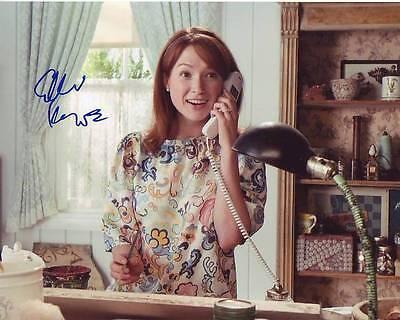 Ellie Kemper Signed Autographed 8X10 Bridesmaids Becca Photograph