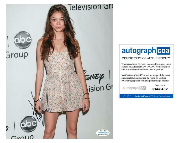 Sarah Hyland Autographed Signed 8x10 Photo Hot Sexy Sun Dress Modern Family ACOA
