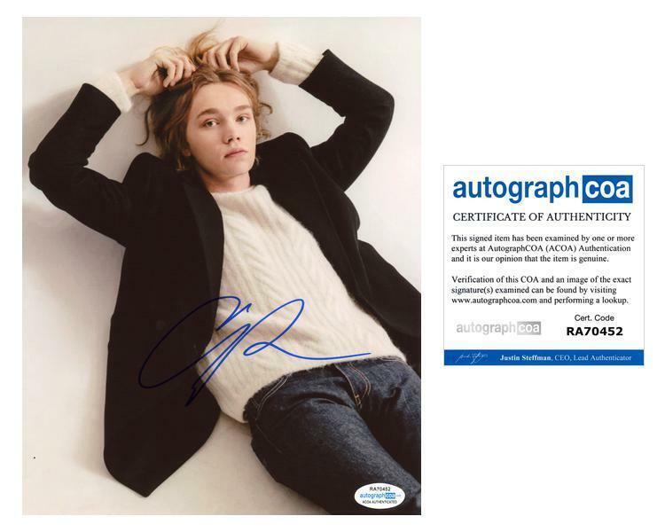 "Charlie Plummer ""Looking for Alaska"" AUTOGRAPH Signed 8x10 Photo C ACOA"