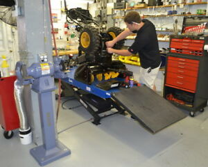 RELIABLE SNOWBLOWER SERVICE AND REPAIR - FREE ESTIMATE