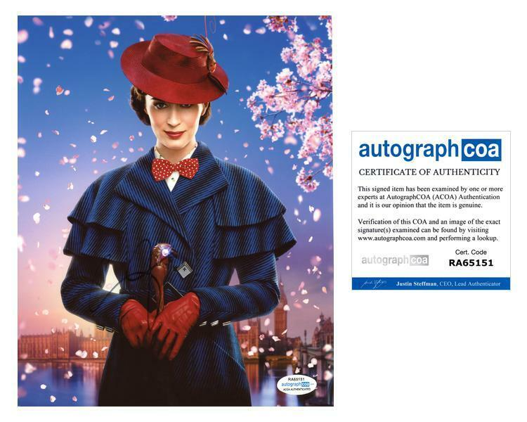 """Emily Blunt """"Mary Poppins Returns"""" AUTOGRAPH Signed 8x10 Photo ACOA"""