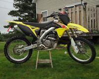 2011 Suzuki Rm-z 250 4900$ OBO