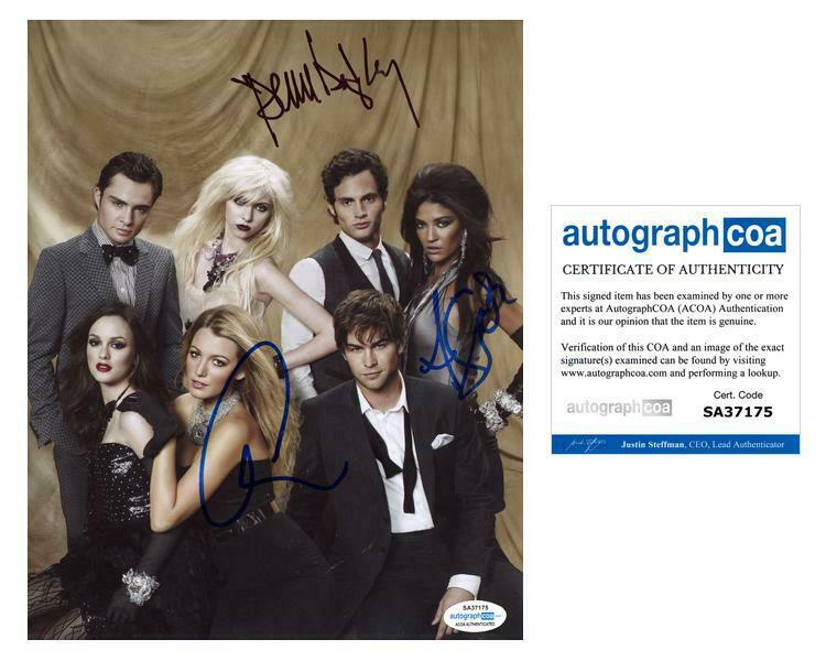 "Penn Badgley, Chace Crawford & Jessica Szohr ""Gossip Girl"" SIGNED 8x10 Photo B"