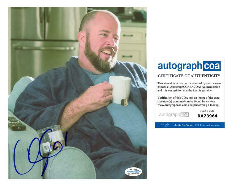 "Chris Sullivan ""This Is Us"" AUTOGRAPH Signed 8x10 Photo F ACOA"