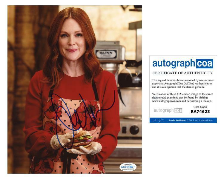 "Julianne Moore ""Kingsman: The Golden Circle"" AUTOGRAPH Signed 8x10 Photo C ACOA"