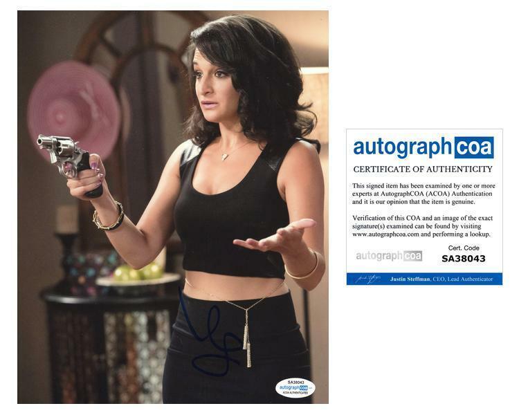 """Jenny Slate """"Brooklyn Nine-Nine"""" AUTOGRAPH Signed 'Bianca' 8x10 Photo ACOA"""